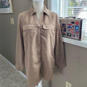 D & Company tan career/utility blouse, Sz. XS
